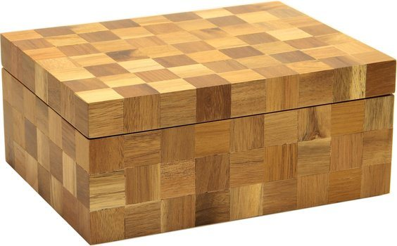 Humidor de madera a cuadros