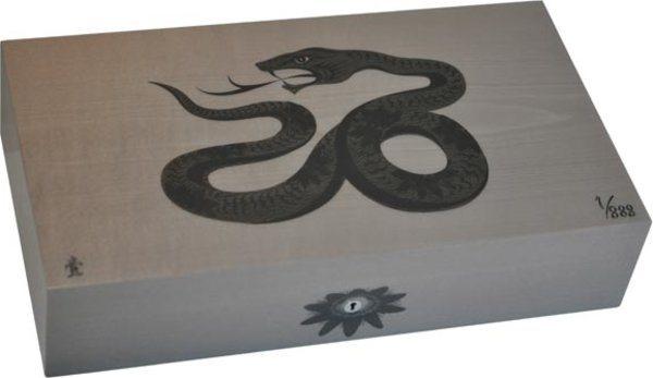 Humidor Elie Bleu Sicómoro Marquetería Serpiente Edición Limitada Gris